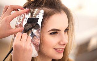 Colorer vos cheveux, facile grâce aux conseils de votre pharmacien en ligne!