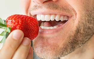 Un régime varié pour une bouche et des dents sains