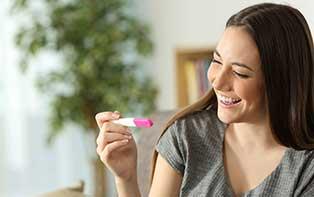 Essayer de tomber enceinte? Augmentez vos chances avec un test d'ovulation!