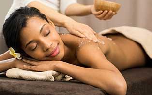 Bereid je huid voor op de zomer met een peeling of scrub!