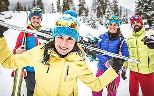 Bien protégé contre les blessures de ski grâce à votre pharmacien en ligne